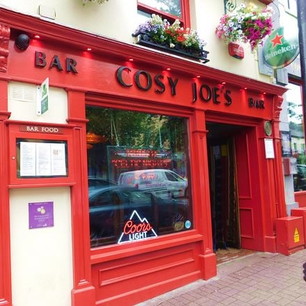 Cosy Joe's Bar in Westport